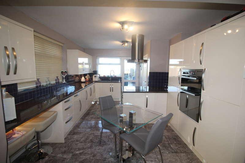 4 Bedrooms Semi Detached House for sale in Hodney Road, Eye, Peterborough, PE6 7YJ