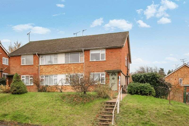 2 Bedrooms Property for sale in Mortimer Hill, Tring