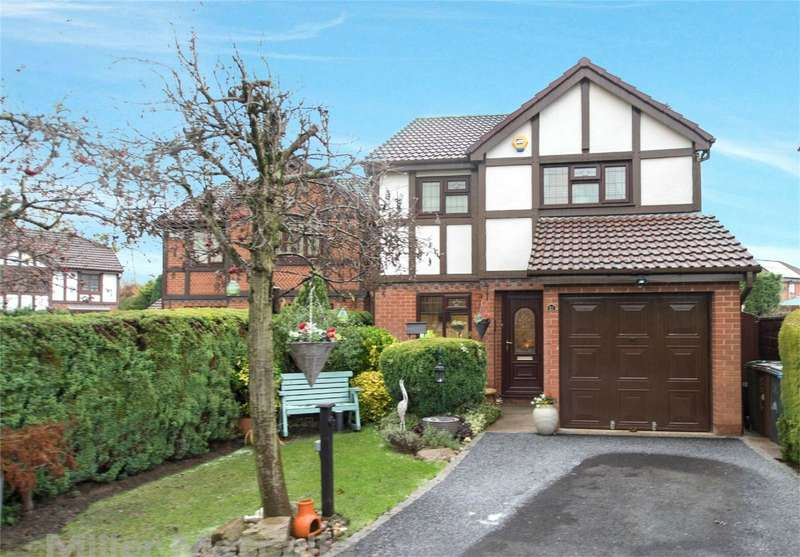 3 Bedrooms Detached House for sale in Sherborne Close, Bradley Fold, Radcliffe, Manchester, Lancashire