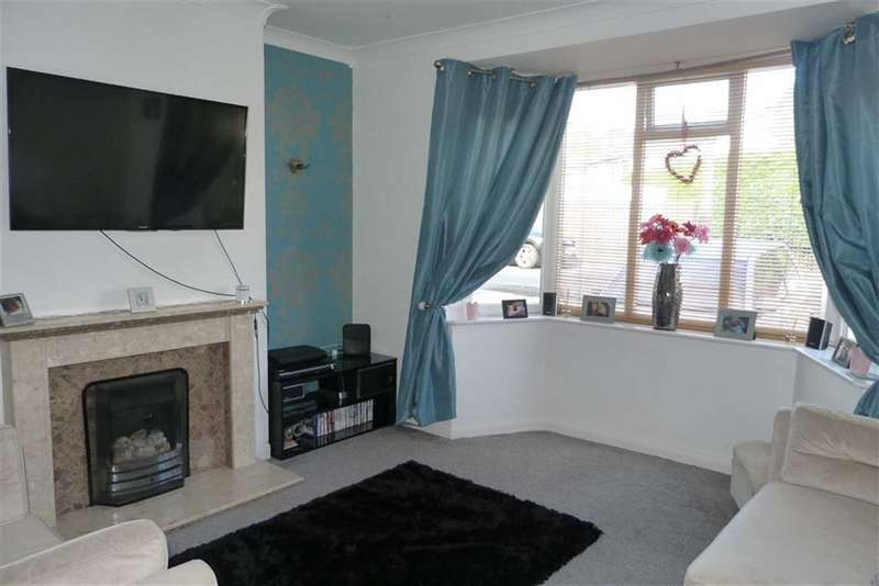2 Bedrooms Property for sale in 14, Woodhouse Grove, Fartown, Huddersfield