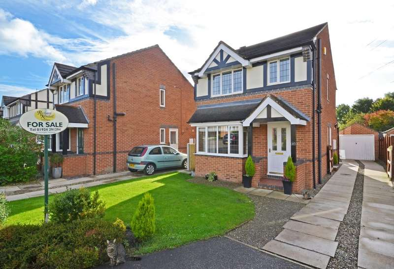 3 Bedrooms Detached House for sale in Rushworth Close, Stanley, Wakefield