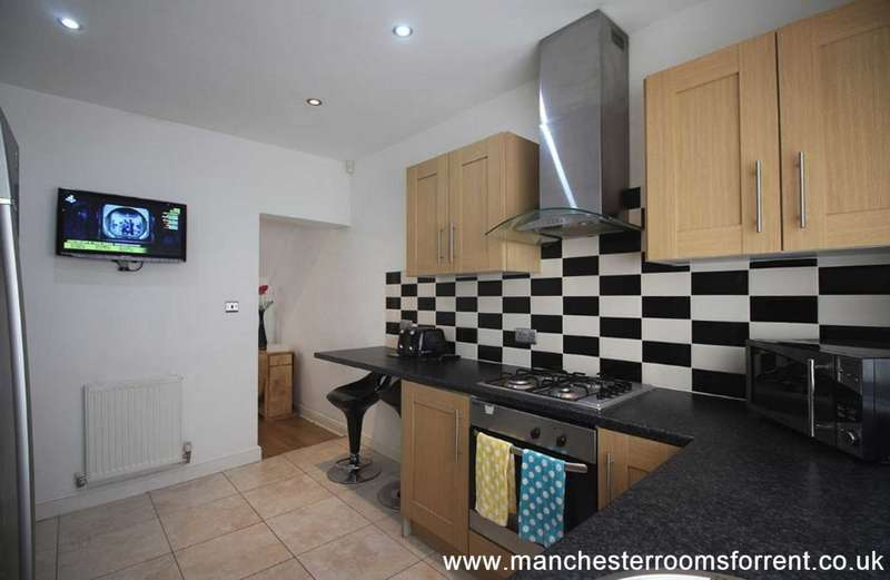 6 Bedrooms Terraced House for rent in 27 Braemar Road, Fallowfield M14 6PN