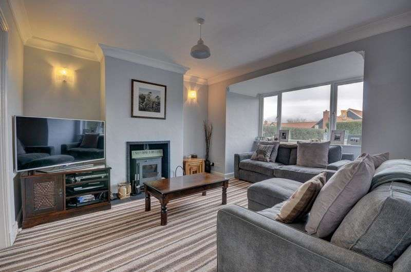 3 Bedrooms Semi Detached House for sale in Mount Pleasant, Whitby