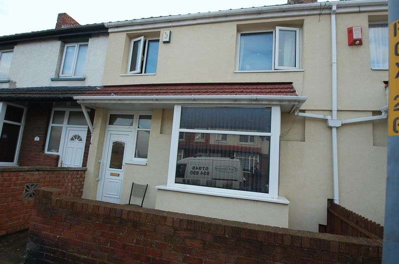 3 Bedrooms Terraced House for sale in Crescent Road, Middlesbrough
