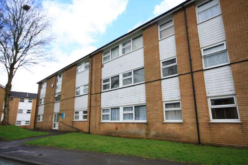 2 Bedrooms Apartment Flat for sale in Beechcroft, Prestwich