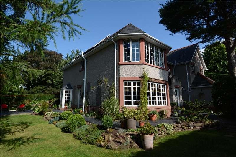 4 Bedrooms Detached House for sale in Woodlands Road, Parkgate, Neston