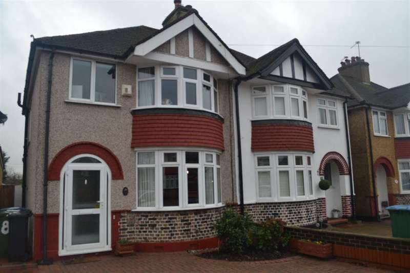 3 Bedrooms Semi Detached House for sale in Fourth Avenue, Watford, Herts, WD25
