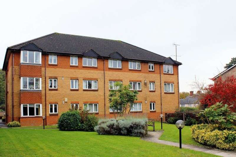 2 Bedrooms Flat for sale in York Road, Camberley