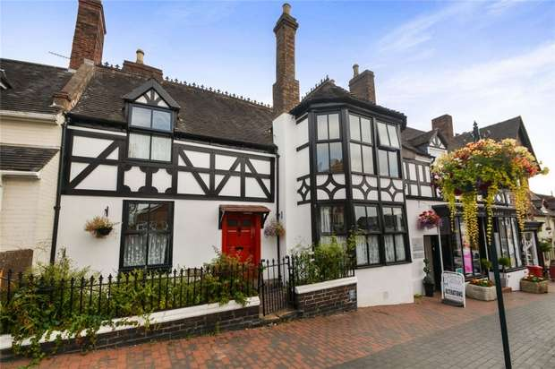 3 Bedrooms Town House for sale in The Gables, 60 High Street, Broseley, Shropshire