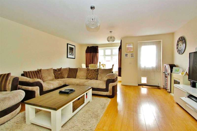 4 Bedrooms Terraced House for sale in Quarry Close, Gravesend, Kent, DA11