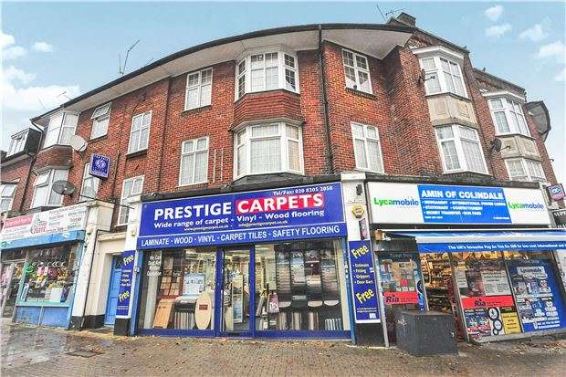 3 Bedrooms Flat for sale in Colin Parade, COLINDALE, NW9 6SG