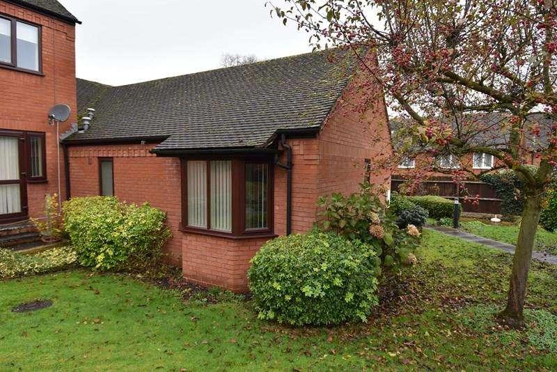 1 Bedroom Semi Detached Bungalow for sale in St. Georges Crescent, Droitwich