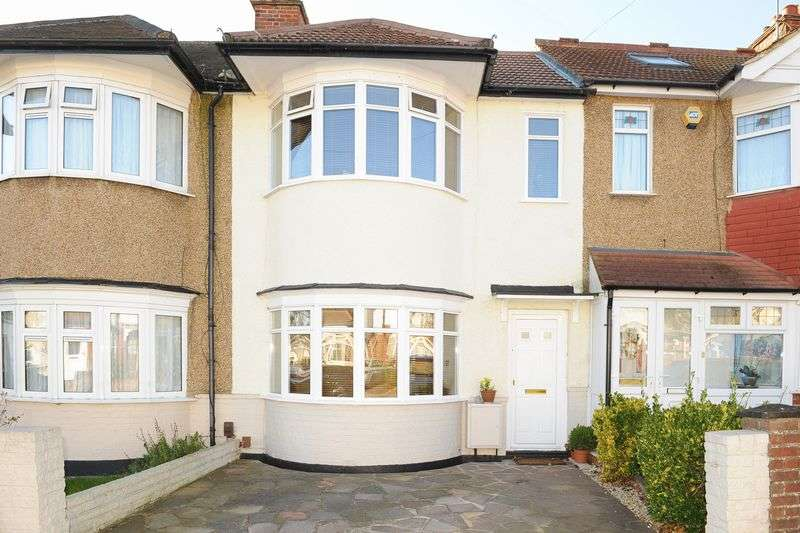 3 Bedrooms Terraced House for sale in Bempton Drive, Ruislip