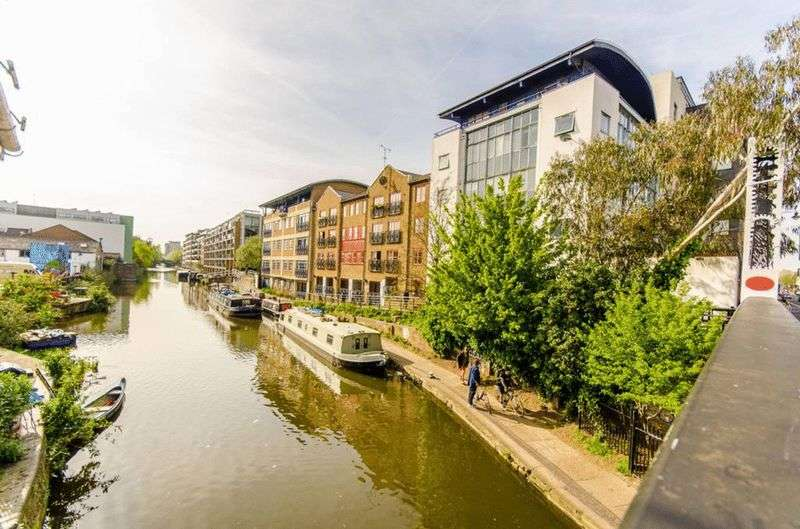 1 Bedroom Flat for sale in One Bedroom Flat On The Regents Canal