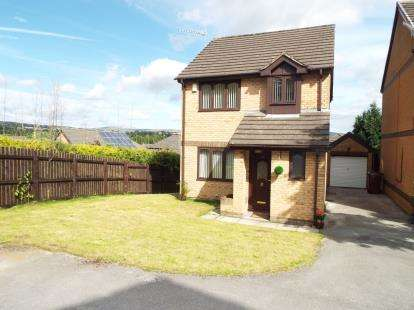 3 Bedrooms Detached House for sale in The Ridings, Burnley, Lancashire, BB12