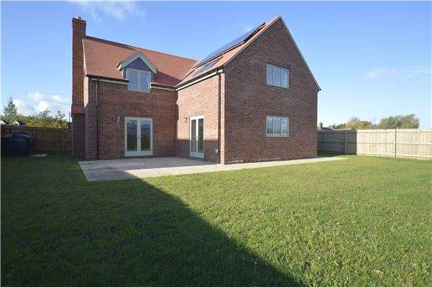 5 Bedrooms Detached House for sale in Twyning, Tewkesbury, Gloucestershire, GL20 6DW