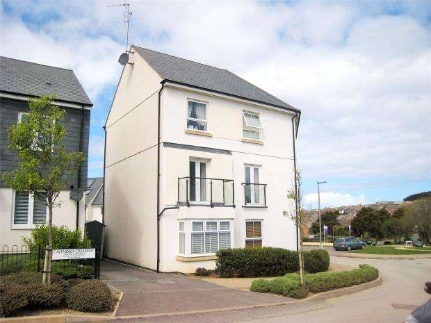 2 Bedrooms Flat for sale in Cavendish Crescent, Newquay, Cornwall