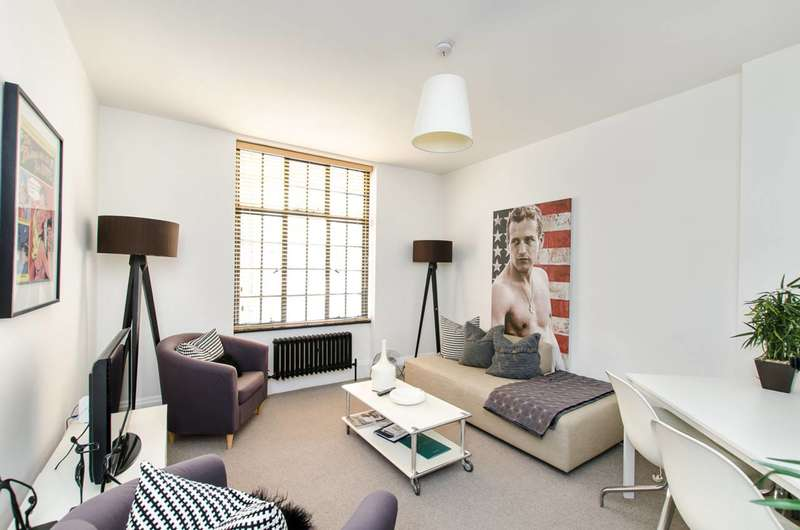 1 Bedroom Flat for sale in Chelsea Manor Street, Chelsea, SW3
