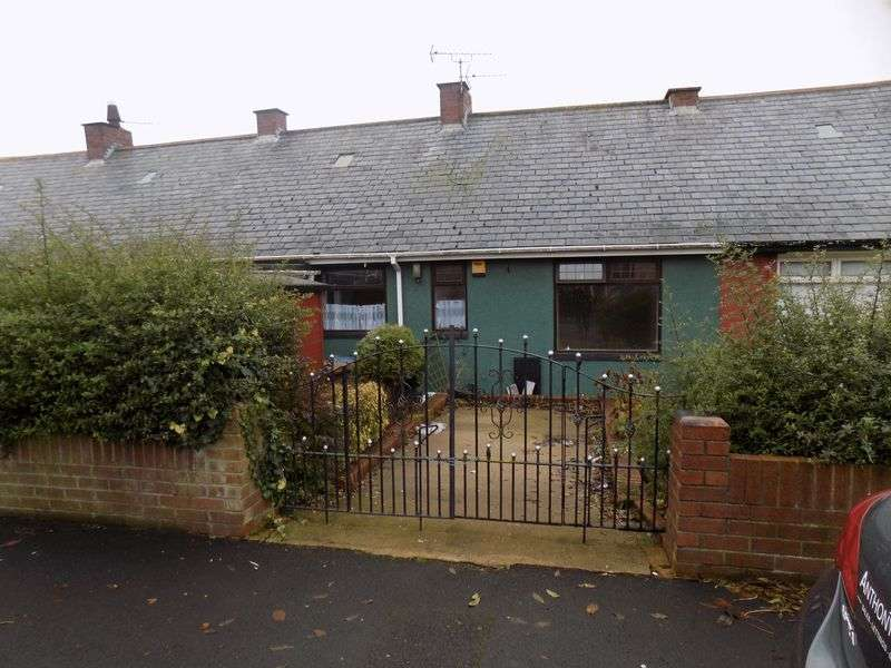 2 Bedrooms Property for sale in 2 Bed Terraced Bungalow