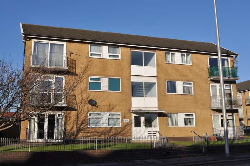 2 Bedrooms Flat for sale in Waterloo Road, South Shore, Blackpool, FY4 4BL
