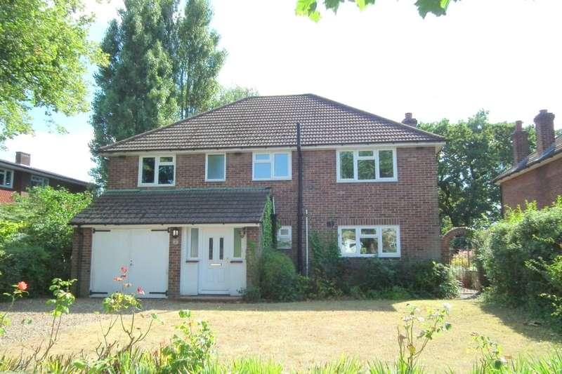 4 Bedrooms Detached House for sale in Broomfield Road, Bexleyheath, DA6
