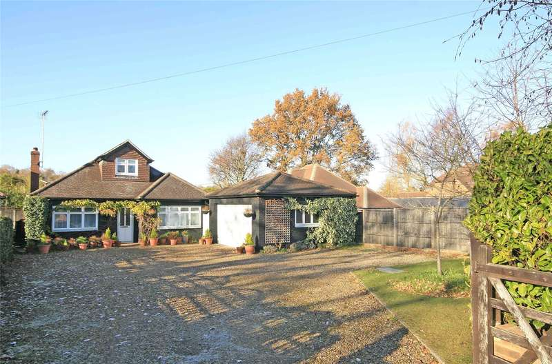 5 Bedrooms Detached Bungalow for sale in Woodham Park Road, Woodham, Addlestone, Surrey, KT15