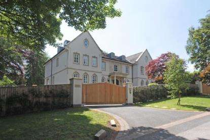 7 Bedrooms House for sale in Summerhill Road, Prestbury, Macclesfield, Cheshire