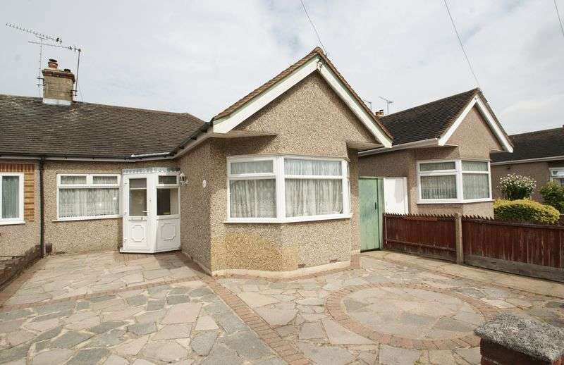 2 Bedrooms Semi Detached Bungalow for sale in Laird Avenue, North Grays