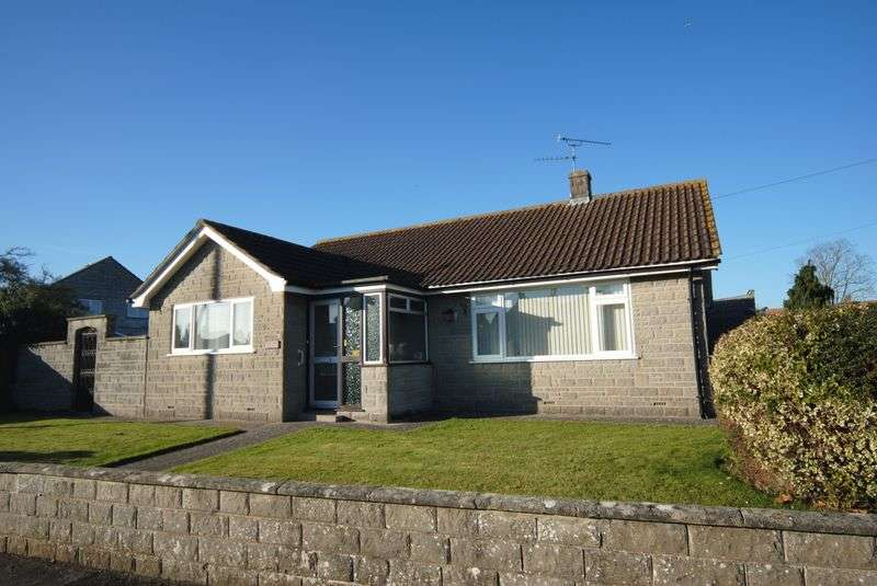 3 Bedrooms Detached Bungalow for sale in Maypole Knap, Somerton