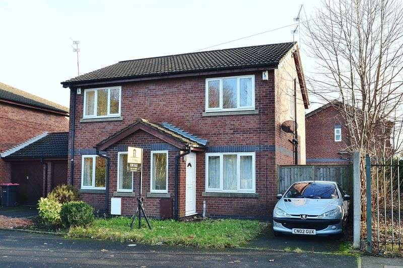 2 Bedrooms Semi Detached House for sale in South Radford Street, Salford