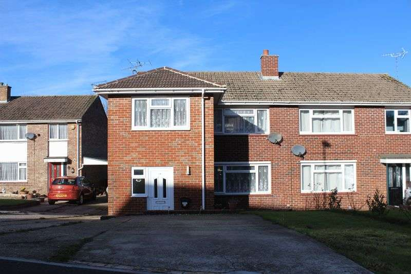 3 Bedrooms Semi Detached House for sale in Dunstall Avenue, Burgess Hill