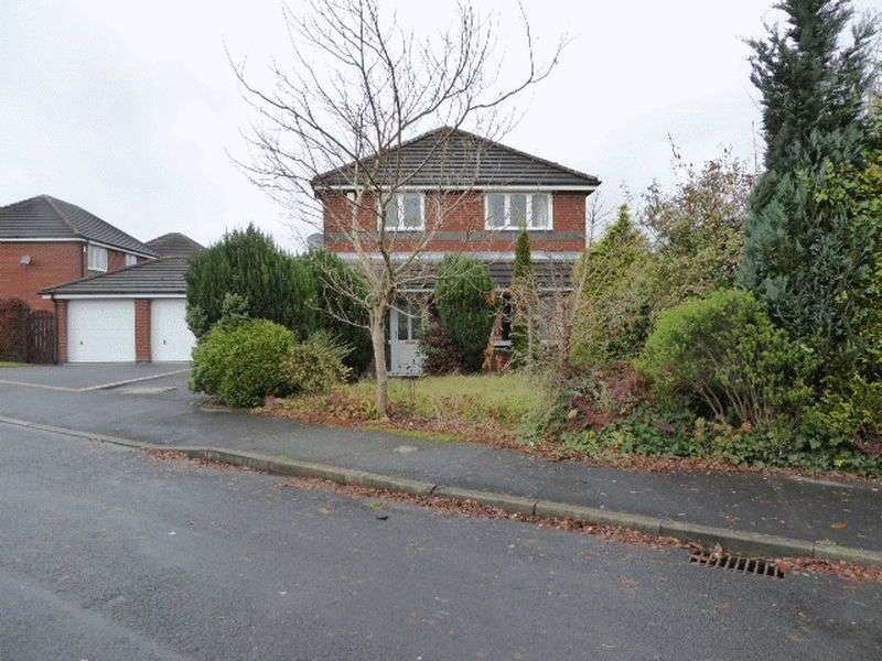 3 Bedrooms Detached House for sale in Foxglove Close, Wigan