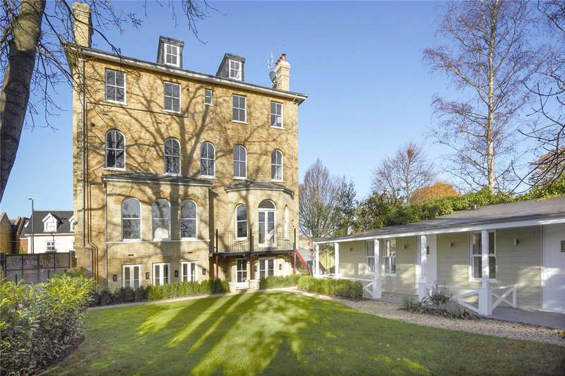 2 Bedrooms Flat for sale in 69 The Green, Twickenham, TW2