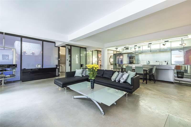 2 Bedrooms House for sale in Gullivers Wharf, 105 Wapping Lane, London, E1W