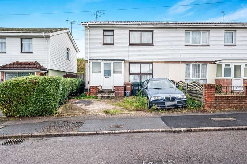 3 Bedrooms Semi Detached House for sale in Caldwell Road, Watford, WD19