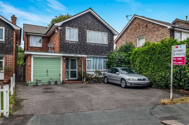 4 Bedrooms Detached House for sale in Leaford Crescent, Watford, WD24