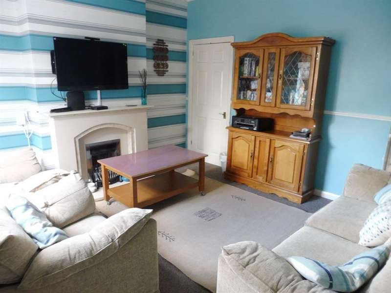 3 Bedrooms Terraced House for sale in Beeches Road, ROWLEY REGIS, B65
