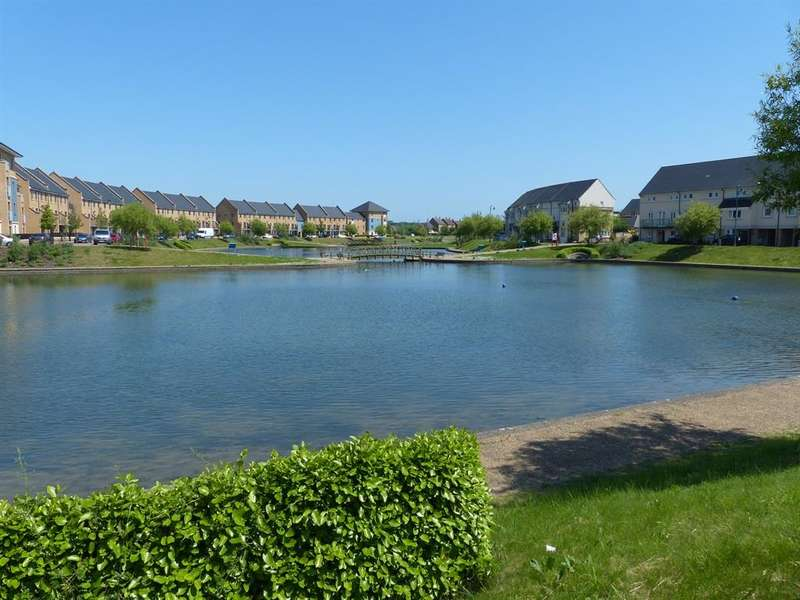 2 Bedrooms Ground Flat for sale in Mid Water Crescent, Hampton Vale, Peterborough, PE7