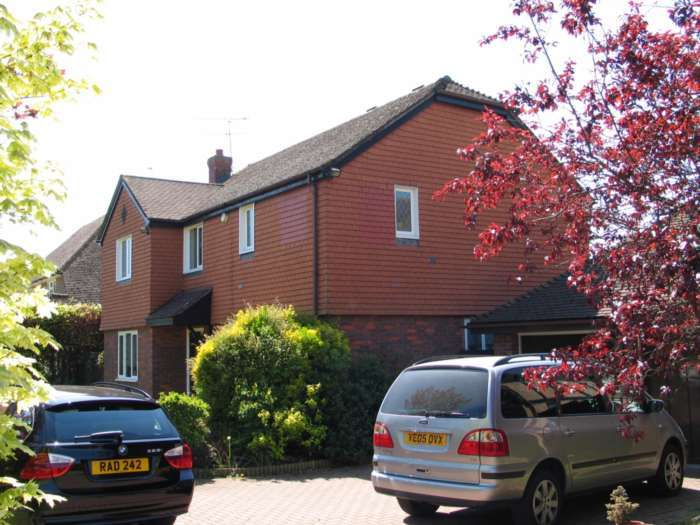 4 Bedrooms Detached House for rent in Twyford, Reading