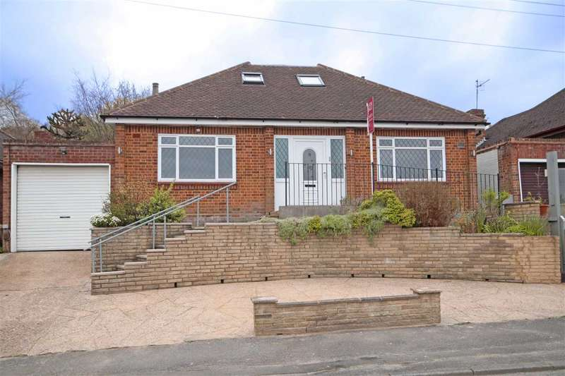 4 Bedrooms House for sale in Richfield Road, Bushey Heath, WD23