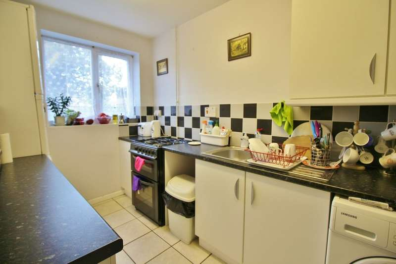 4 Bedrooms Terraced House for sale in Newbegin Road, Norwich