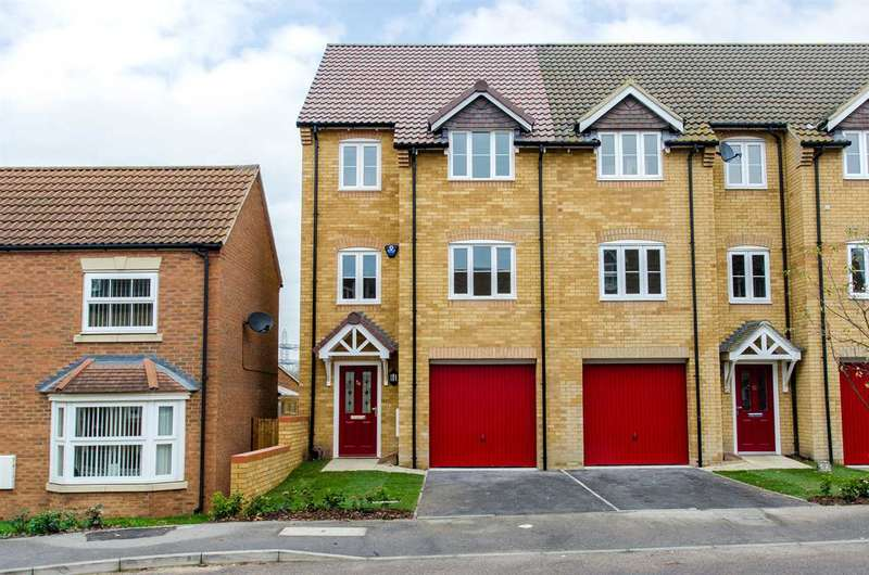 4 Bedrooms End Of Terrace House for sale in Monarch Drive, Kemsley, Sittingbourne