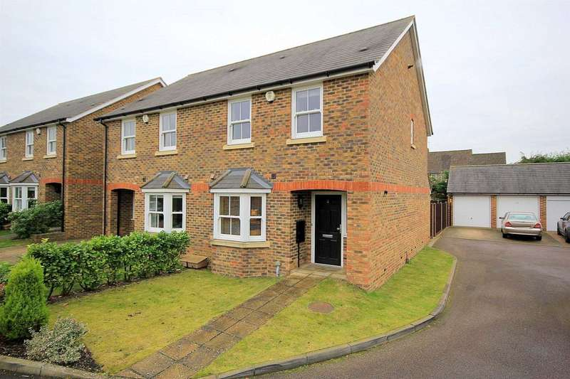 3 Bedrooms House for sale in EXCLUSIVE 3 BED SEMI WITH GARAGE IN Farm way, ADEYFIELD