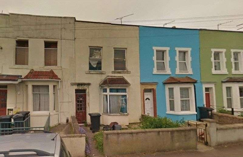 3 Bedrooms Terraced House for sale in Henry Street, Bristol
