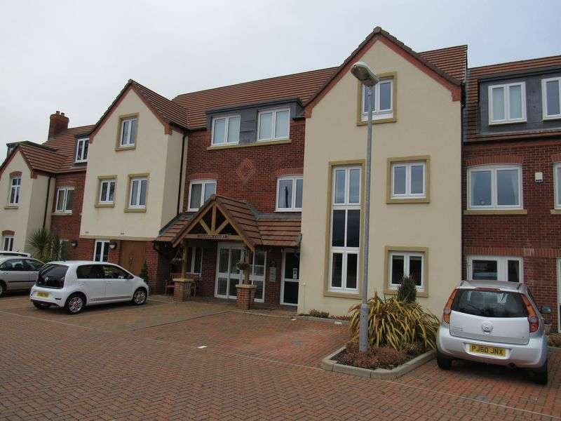 1 Bedroom Flat for sale in Salmon Court,Stratford Road, Warwick: One bed second floor retirement apartment