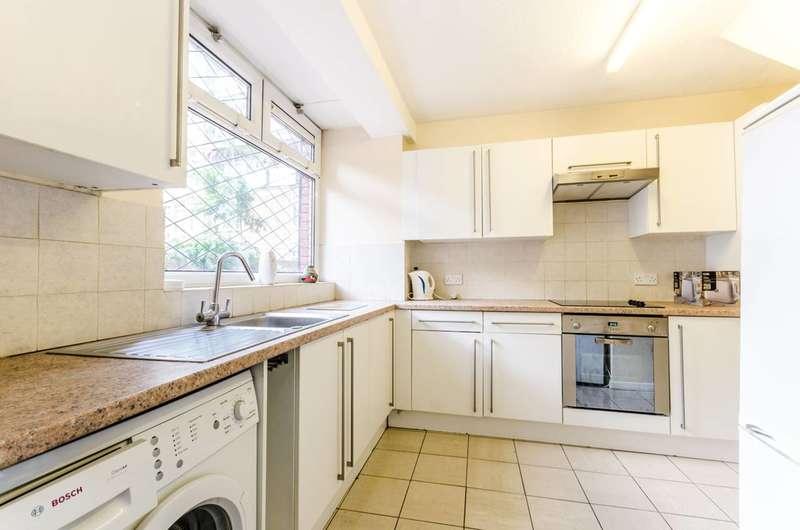 3 Bedrooms Maisonette Flat for sale in Hanbury Street, Spitalfields, E1