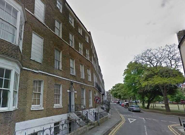 1 Bedroom Studio Flat for sale in Hawley Square, Margate