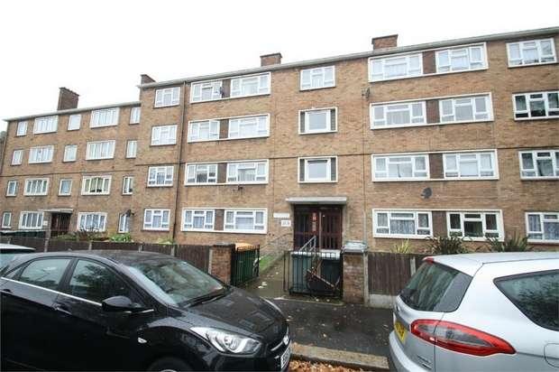 3 Bedrooms Flat for sale in Mountfield Road, East Ham, London