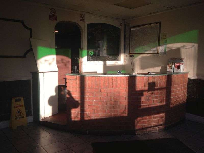 Property for sale in Indian takeaway and pizza shop - A well-established business been running for over 20 years.