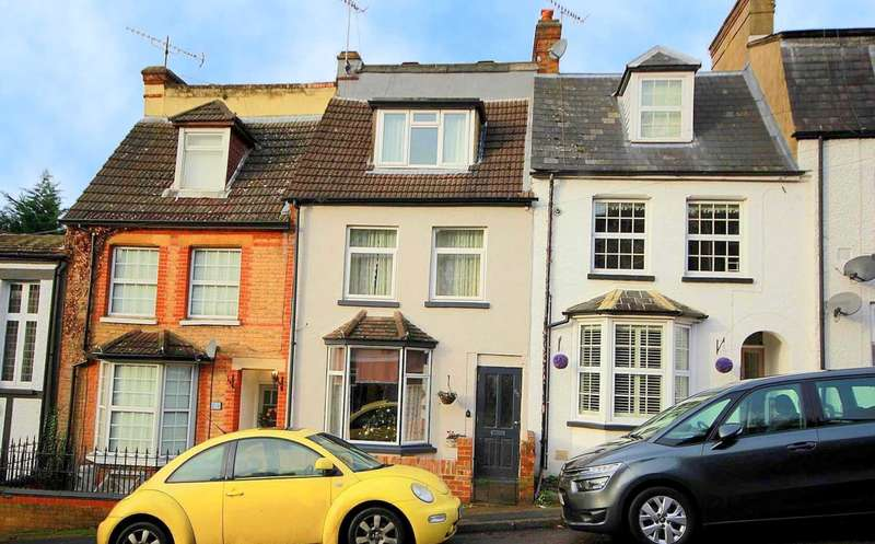3 Bedrooms House for sale in 3 DOUBLE BED IN Glenview Road, BOXMOOR, HP1